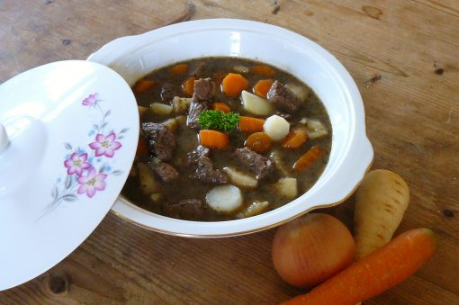 Beef stew with herbs
